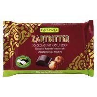 Black chocolate snack with hazelnuts rapunzel - 100g